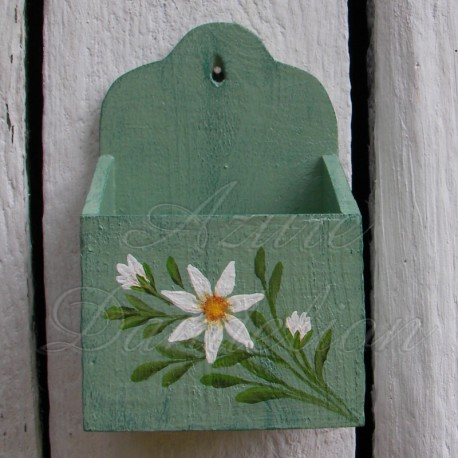 Primitive Folk Art Wall Box Farmhouse Chic Shabby Sage Green Daisy